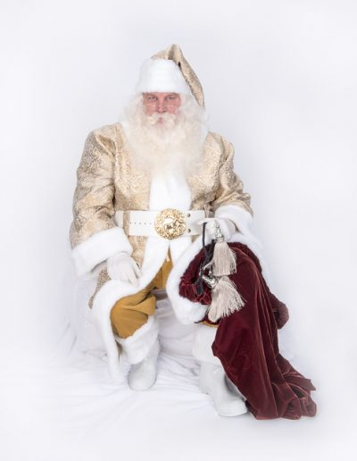 Heavenly Santa Gold and White (32)